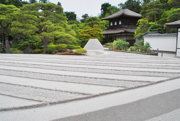 Ginkaku-ji, Blick durch die Haupt-Gartenanlage